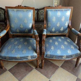 Кресла большие, натуральное дерево, резьба