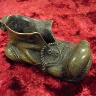 пепельница ботинок сапог бронза