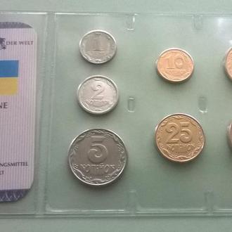 Набор Украина в т.ч. 25 и 50 копеек 2001 год R набір