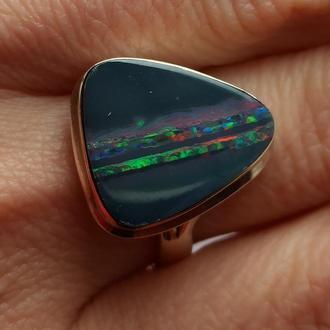 Кольцо с опалом. Австралийский опал в серебре.