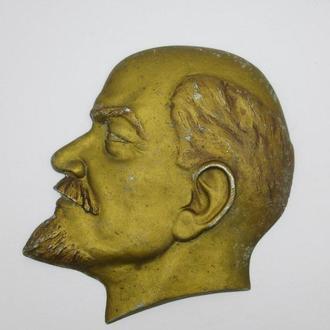 Ленин барельеф СССР