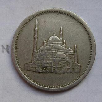 ЕГИПЕТ, 10 пиастров 1984 года (мечеть).