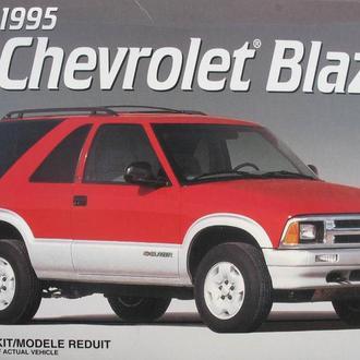 Сборная модель автомобиля Chevrolet  '95 Blazer   1:25 AMT