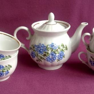 Чайник и чашки Голубые цветы. Фарфор, позолота.