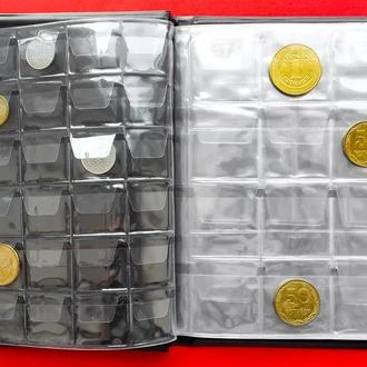 Альбом для монет  комбинированный.     на 138  монет