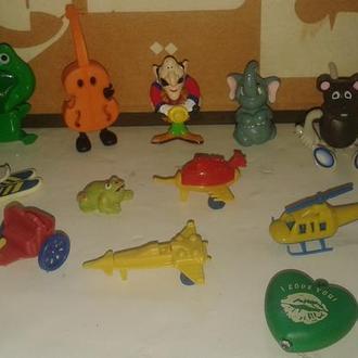 Киндер игрушки по 15 грн