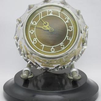 Часы настольные Маяк хрусталь №1