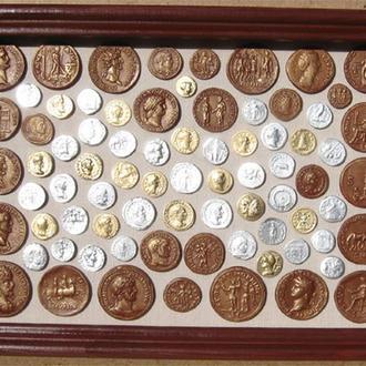 Монеты древнего Рима. Реалистичные копии, коллаж со стеклом, 32х23 см.