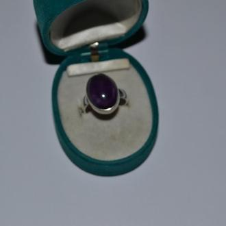 красивое кольцо серебро 925 проба Европа аметист винтаж вес 5,63 грамм размер 18(+)