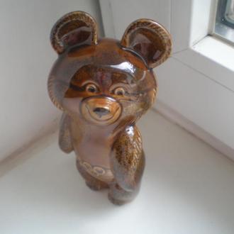"Фарфоровая статуэтка ""  Олимпийский мишка""  ЗиК Конаково. Сохран!!"