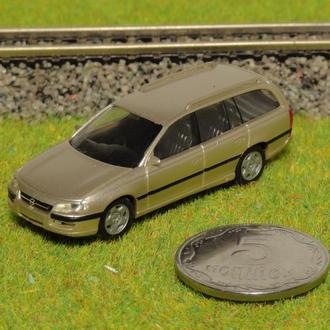 (0889) авто для макета ж/д в масштабе H0 (1:87)