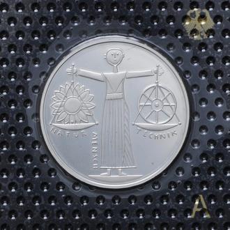 10 Марок 2000 А Всемирная выставка ЭКСПО 2000,(13) Германия Пруф