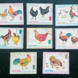 почтовая марка Куры Вьетнам