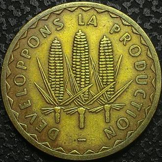 Мали 100 франков 1975 год