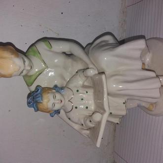 статуэтка мама с дочкой