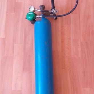 Кислородный балон с регулятором для дайвинга