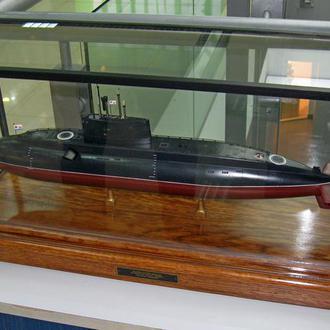 Стендовая модель подводной лодки  проекта 636 «Варшавянка».