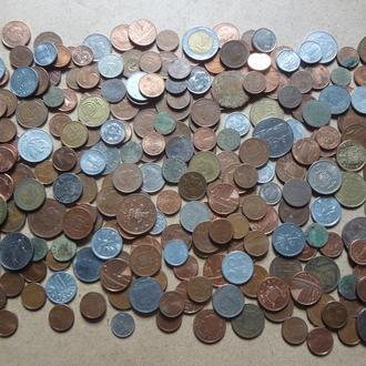 Только иностранные монеты. 259 штук оптом от древних , много интересных.