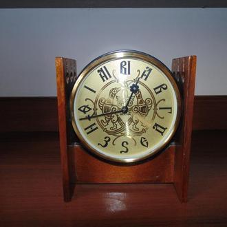 Годинник   ВЕСНА (механічний)