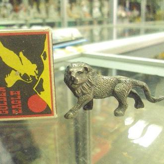 фигура серебро лев миниатюра вес 51 г №30