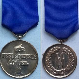 Медаль За 4 года выслуги в СС.
