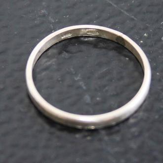 Кольцо обручальное. Серебро 925. Размер 19.