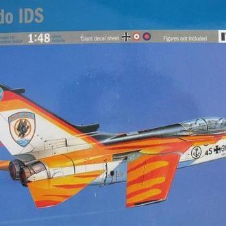 Сборная модель самолета Tornado IDS  1:48 Italeri 2648