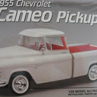 Сборная модель автомобиля Chevrolet  '55 Cameo  Pickup   1:25 AMT