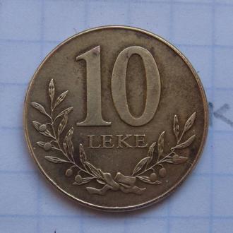 АЛБАНИЯ. 10 леков 2009 года (КРЕПОСТЬ).
