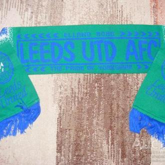 Leeds United - шарф, футбольного клуба.