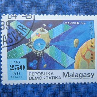 Марка Мадагаскар 1989 космос спутник гаш