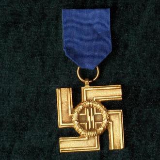 медаль за службу в СС 12 лет