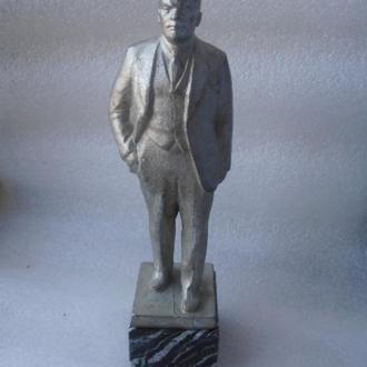Ленин на мраморе.Нечастый