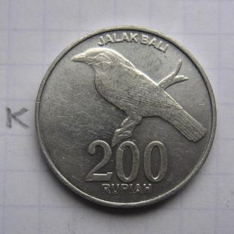 ИНДОНЕЗИЯ. 200 рупий 2003 г. (птица).