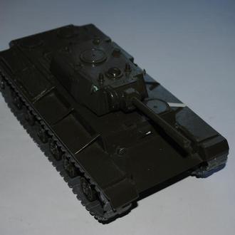 Макет танка КВ1