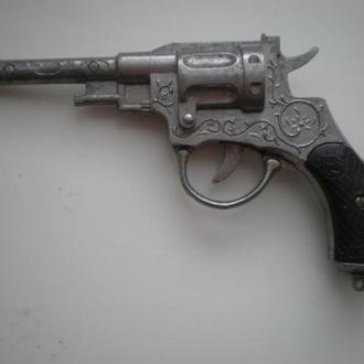 Револьвер 50 - 60 годов