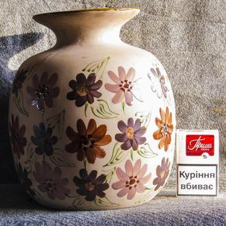 Большая пузатая ваза.Ручная роспись- СССР