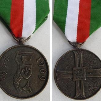Медаль «25-я годовщина битвы за Монте Кассино». Польша