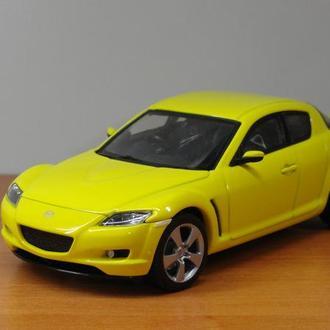 1/43  Mazda RX-8  AutoArt