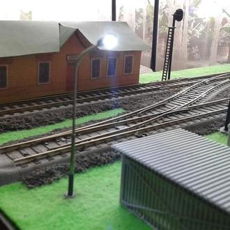 Модель уличного фонарного столба для железной дороги Piko,Roco H0(1:87)