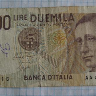 Италия 2000 лир - 1990