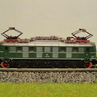 (1197) электровоз Arnold BR 1118 в масштабе N (1:160)