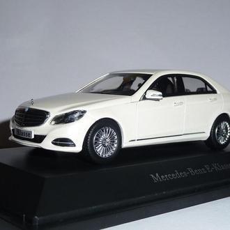 Mercedes Benz E Class w212, Kyosho