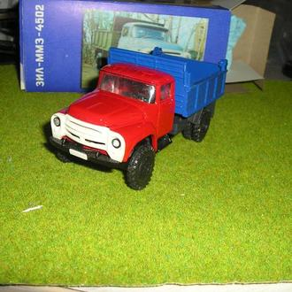Зил 130 ММЗ 4502 красно-синий