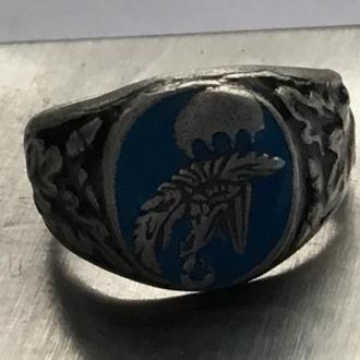 Кольцо с эмблемой ПОЛЬСКОГО ДЕСАНТНИКА. серебро