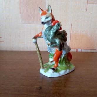 Фарфоровая статуэтка Лиса и петух