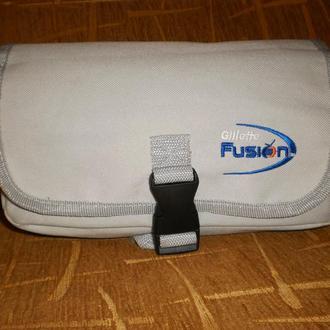 косметичка сумка для косметики Gillette Fusion у подорож в дорогу сірий колір відмінний стан.
