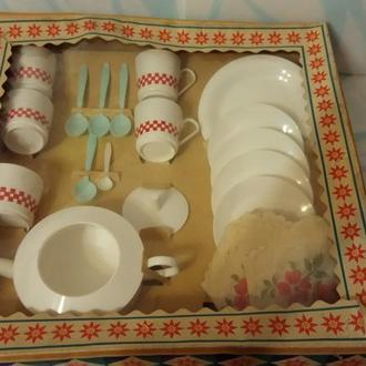 Кукольный чайный сервиз в родной упаковке.70-е прошлый век