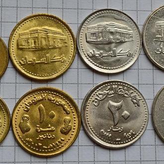 Судан, набор динаров выпуска 1996-2002, всего 4 шт, анц