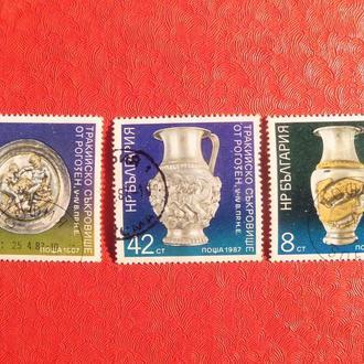 марки- с 1 гр Болгария--(А3) - гашеные--  1987г-археология